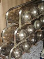 VITRINA caramelera PRECIOSA - 18 URNAS CRISTAL - 3.500 €